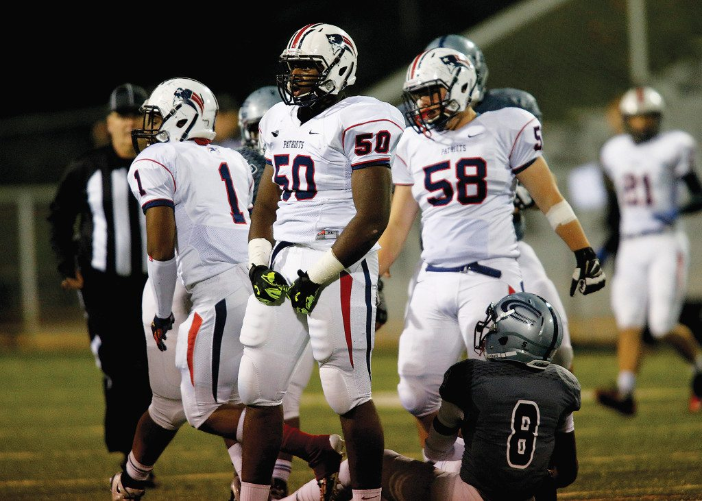 Homewood vs Clay-Chalkville football Friday, Nov. 13, 2015, in, Clay, Ala., (OTMJ Sports Photo/Hal Yeager)