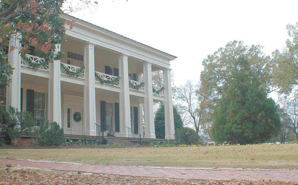 Gift To The City Arlington Antebellum Home And Garden Prepares For Its Annual 1800s Christmas