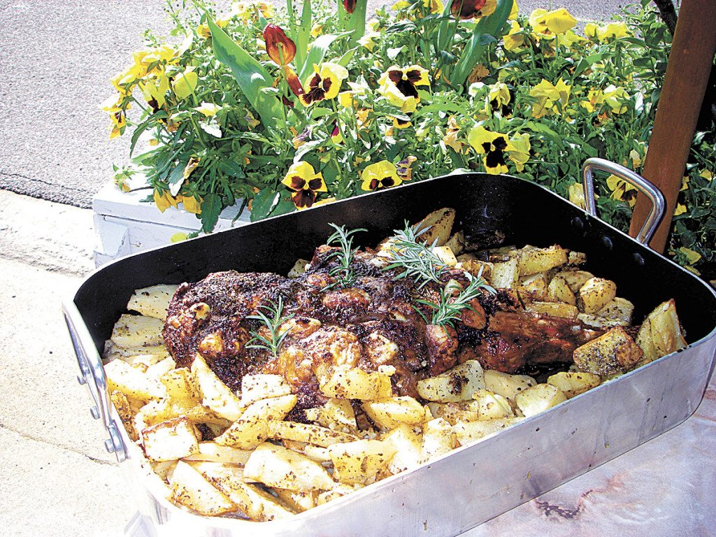 nabeels-cafe-roast-leg-of-lamb